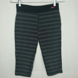 Nike Dri-Fit Capri Workout Pants Girl's Large